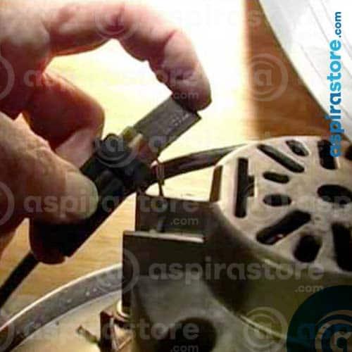 sostituzione spazzole carboncini motore aspirapolvere centralizzato