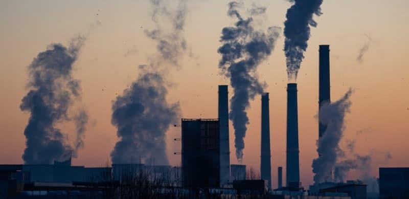 inquinamento atmosferico dell'aria e rischi per la salute cambiamento climatico