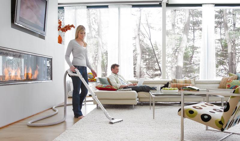 come organizzare le pulizie di casa settimanali aspirapolvere centralizzato