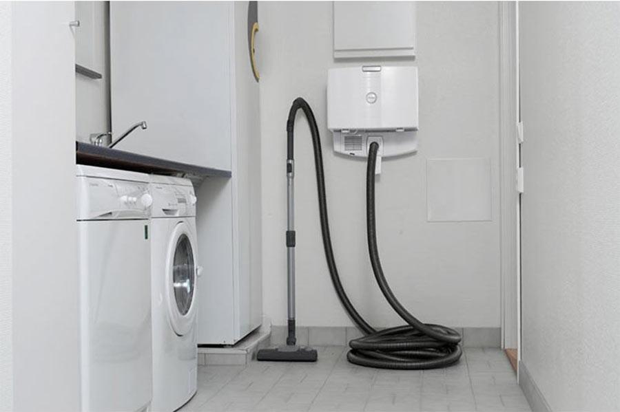 Centrale aspirante compatta lavanderia con punto a bordo Electrolux Etage