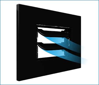 Placca elettrica 503 e griglia ventilazione Disappair per soluzione architettonica